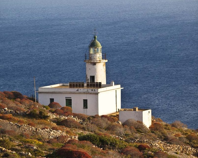 the lighthouse in folegandros